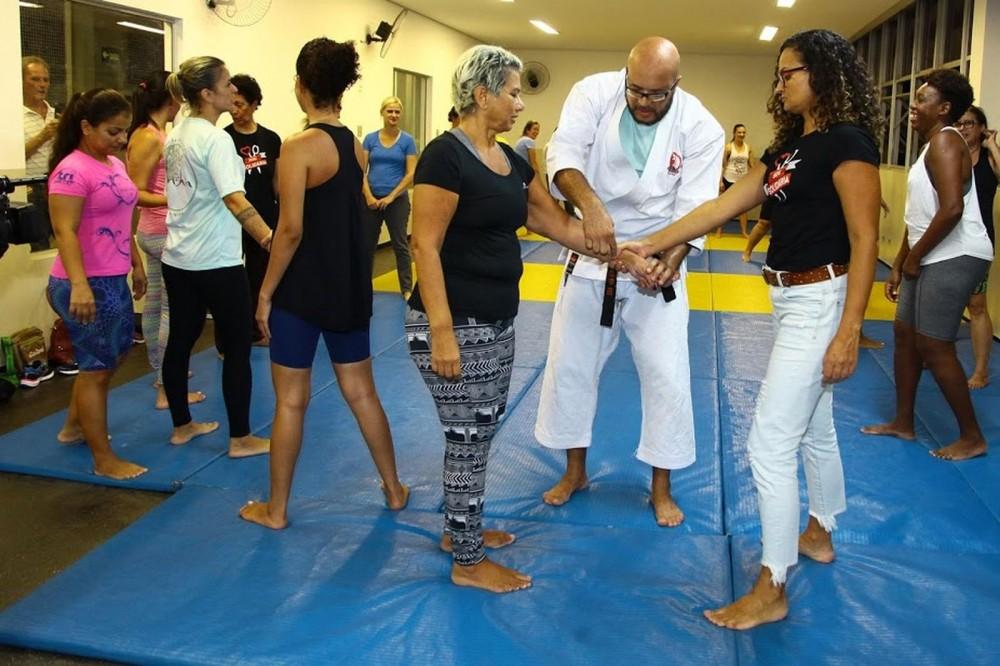 Santos abre inscrições para curso gratuito de defesa pessoal para mulheres
