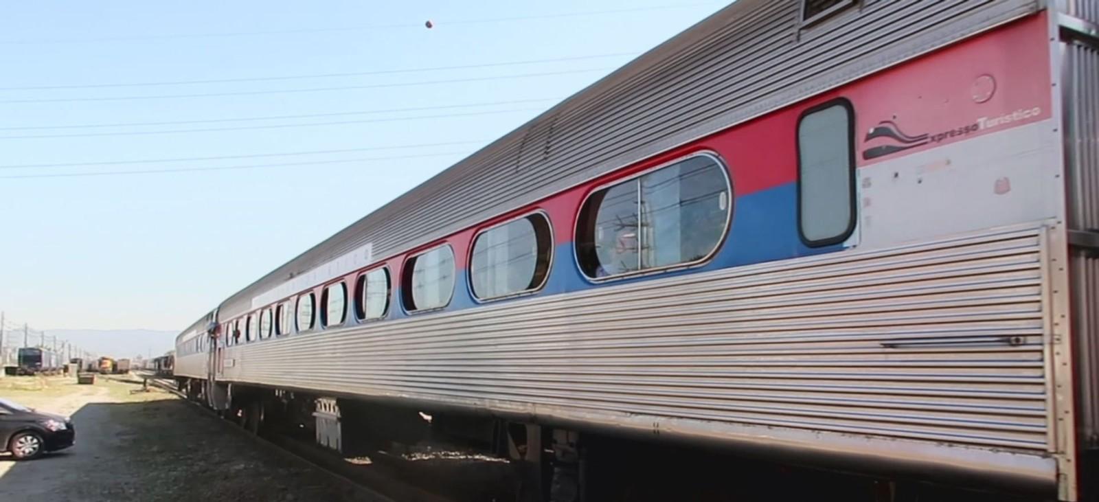 Trem de passageiros entre Santos e São Paulo faz segunda viagem de teste