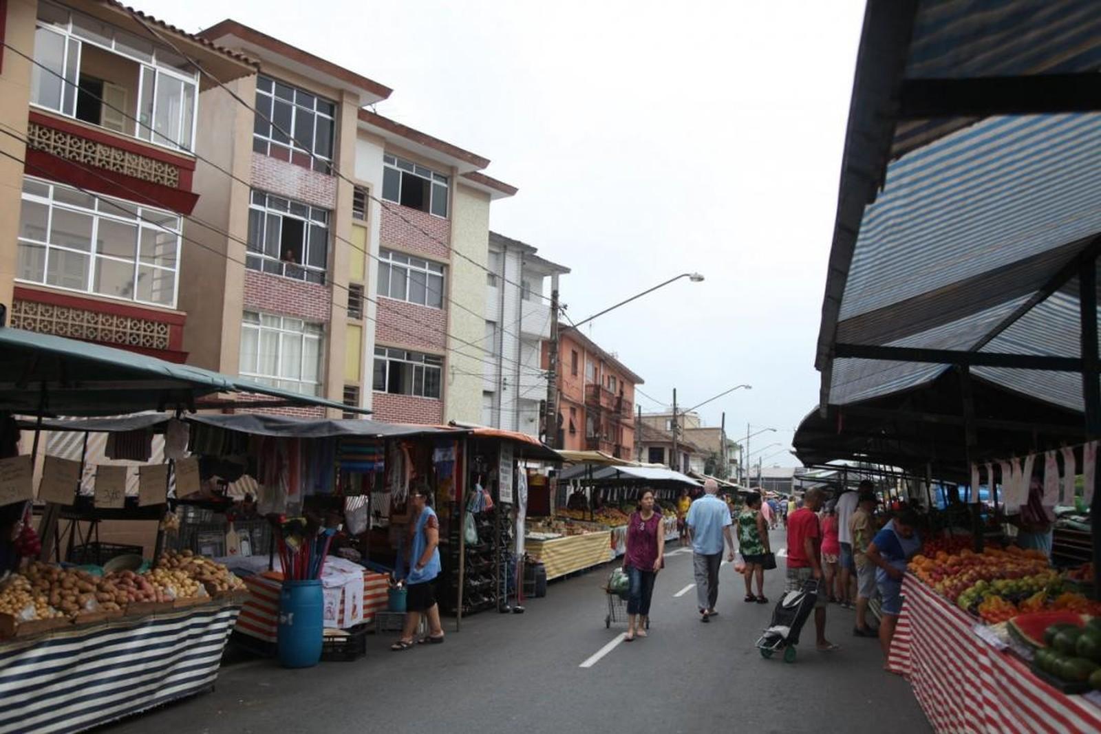 Feiras livres em Santos têm novas medidas de organização e funcionamento na pandemia